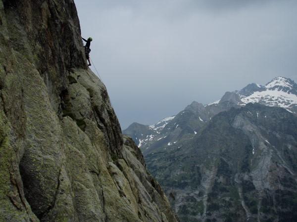 Artículo de Barrabés sobre escalada en el Valle de Benasque